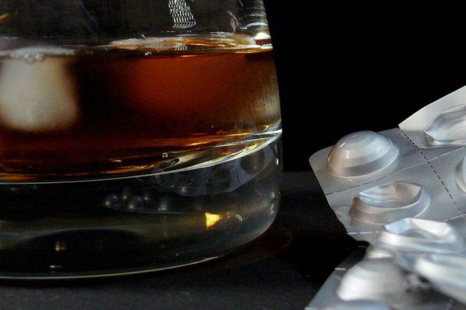 """DROGHE E ALCOLDIPENDENZA: articolo tratto da """"Noi della ZiP"""""""